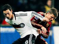 Özil, Ribery'den çok daha etkili