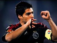 Ajax, Suarez'le 1 yıl daha uzattı