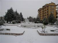 Kar hava ulaşımını engelledi