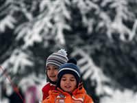 Ankara'da kar zor anlar yaşattı
