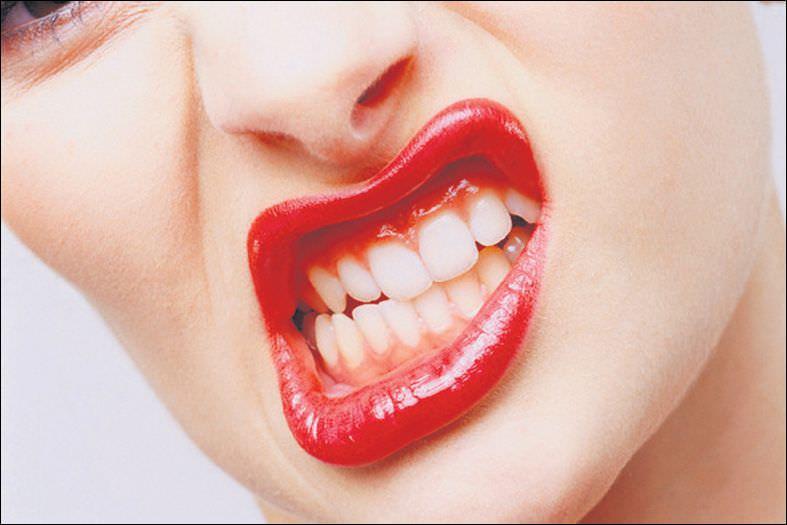 Sinsi rahatsızlık diş gıcırdatması
