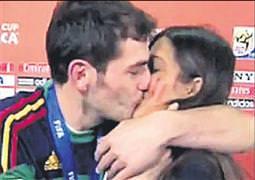 Naklen öpücük bize uymaz