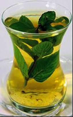 Diz ağrılarına yeşil çaylı çözüm
