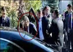 Bağış'a yumurtalı protesto