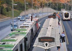 Kadir Topbaş'tan metrobüs müjdesi