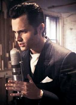 Hayallerinde şarkıcılık var