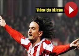 Tuncay Manchester United'a attı