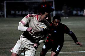Milan Baros formayı kaptı