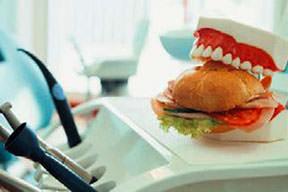 Protez dişlerde hijyene dikkat!