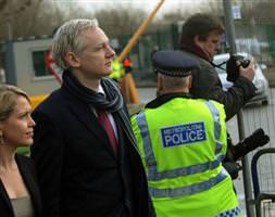 Bay Wikileaks iade edilecek