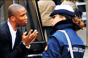 Polis v'Eto'su