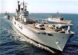 İran savaş gemileri gönderdi