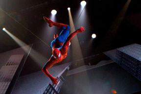 Örümcek Adam öldü