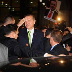 Erdoğan Tunus'a gitti