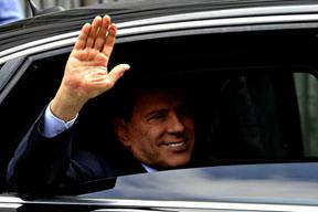 Berlusconi mahkemede
