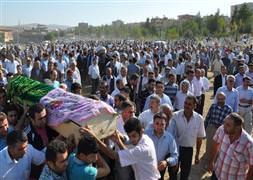 Siirt'te hayatını kaybeden 4 kadın toprağa verildi