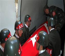 Tatvan'da bir asker intihar etti