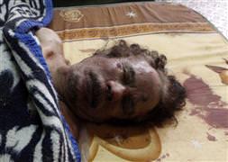 Kaddafi'nin cenazesi toprağa verildi