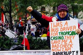 Dışişleri'nden atıldı Wall Street'i işgal etti