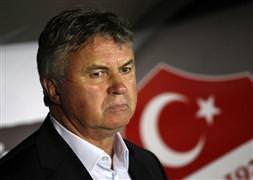Hiddink 15 milyon euro istiyor