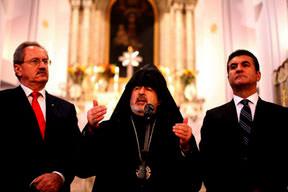 Ermeni kilisesinde dostluk ayini