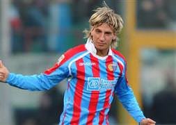 Tangocu golcü ya Milan'a ya Aslan'a...