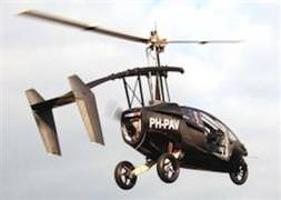 Dünyanın ilk uçan otomobili