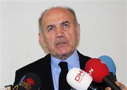 Topbaş'tan 'Şehir Tiyatroları' açıklaması