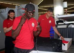 Galatasaraylı futbolcular, derbiyi değerlendirdi