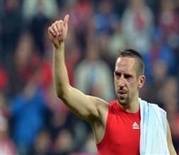 Bayern son dakika golüyle güldü!