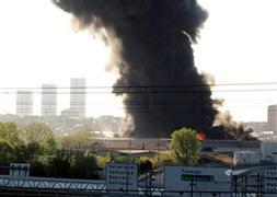 Bakırköy'de bir fabrikada yangın
