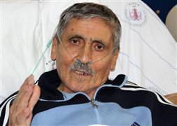 Arınç, Abdurrahim Karakoç'u ziyaret etti
