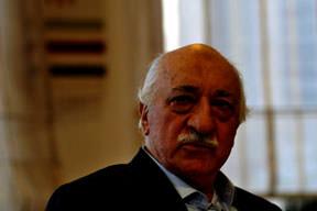 Gülen'in tavrı zararı azaltmaktı