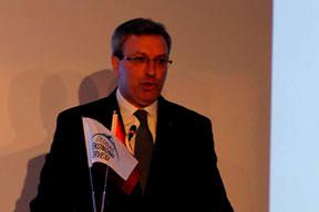 Türkler'den AB'ye 80 milyar euro katkı