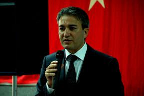 Türk Bakan Kır'ın şoförü tutuklandı