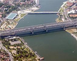 Köprü trafiğe açıldı