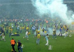 İşte Emniyetin olaylı Fenerbahçe-Galatasaray maçı raporu