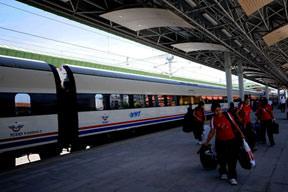 Yüksek Hızlı Tren 8 milyon kişi taşıdı