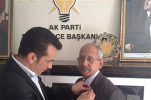 AK Parti'ye mi üye oldu?