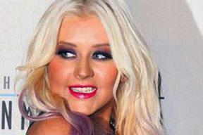 Christina kilosuyla daha güzel
