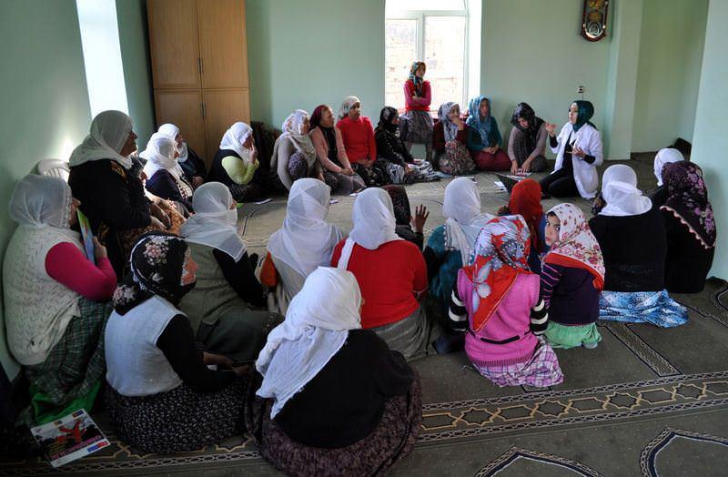 Camiden kadına eğitim anonsu