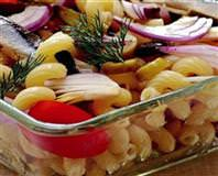 Hamsili Makarna Salatası