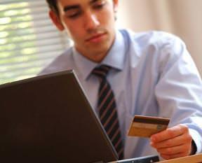 Kredi kartı faizi düştü