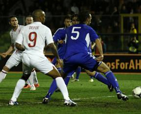 İngiltere coştu: 8-0