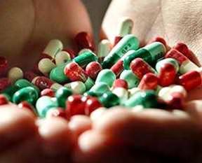 Antibiyotik veren doktoru uyarın!