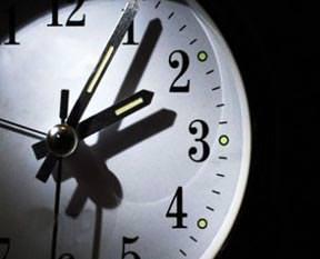 Saatler ileri alınıyor