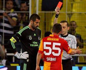 Son 36 maçta 30 kırmızı kart