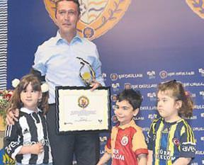 Baba biz Galatasaray'ı sevmiyor muyuz?