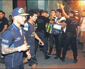 Fenerbahçe'yi bağrına bastılar