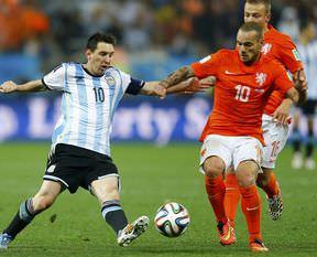 Final biletini Arjantin kaptı!